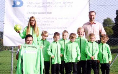 Kanzlei Blaufelder unterstützt die Bambini-Mannschaft des SV Lichtenfels Leinstetten