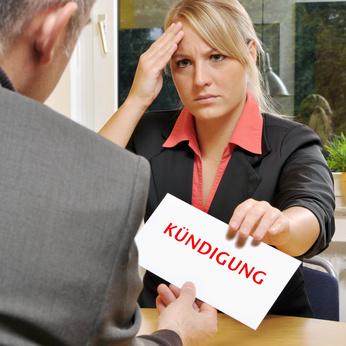 Fristlose Kündigung nach vorsätzlich gefälschter Pflegedokumentation